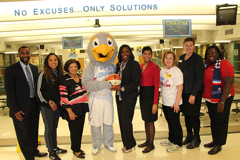 GFWC Atlanta Woman's Club Arranges for the Atlanta Dream Mascot to Visit Thomasville Height Elementary School